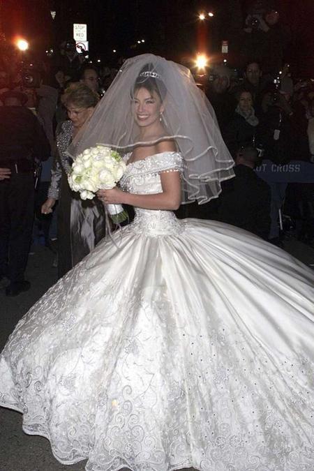 9-mujeres-famosas-que-no-acertaron-con-el-vestido-de-novia_9