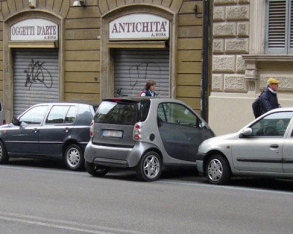 autos-mal-aparcados-estacionados2