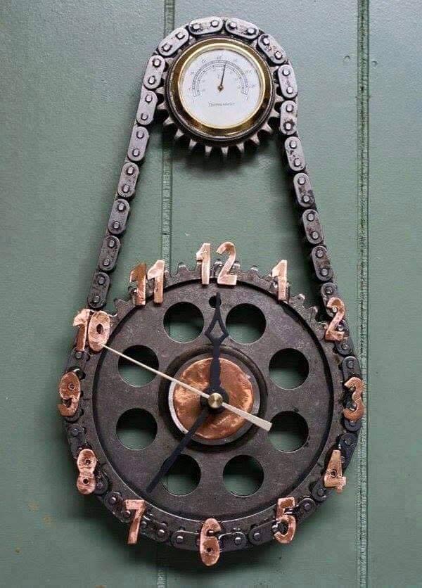 Top curiosidades fabricadas con piezas de coches cabroworld - Mecanismos de reloj de pared ...