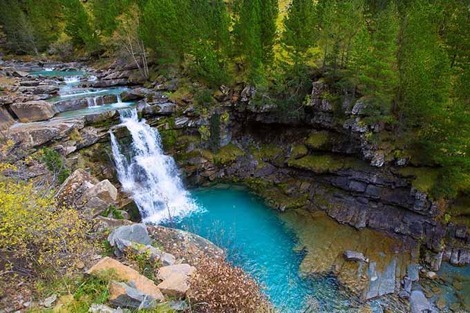 gradas_de_soaso_ordesa_valley_natural_park_pyrenees_huesca_aragon_680