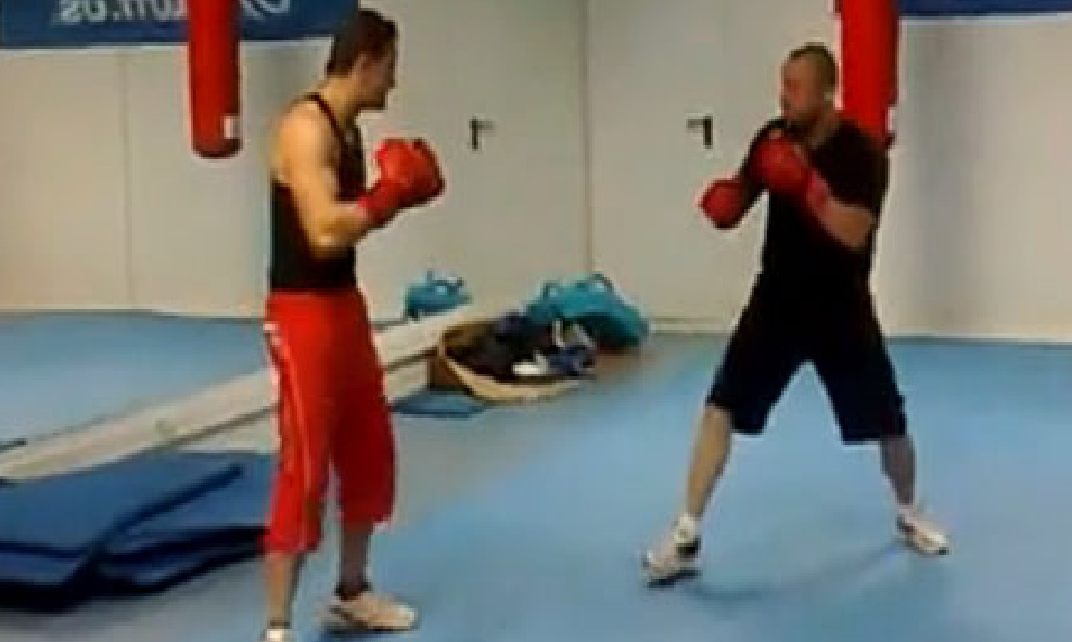 Este chulito de gimnasio quiso pelearse con un ex campe n for Gimnasio por horas