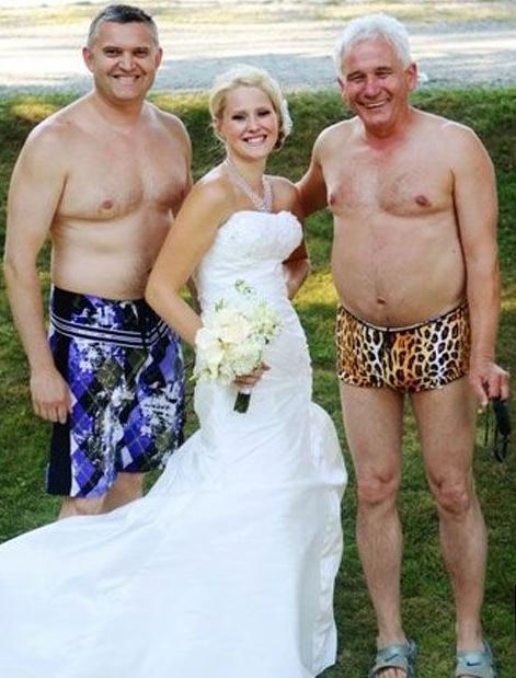 Imagenes de bodas ridiculas for Piscina follando