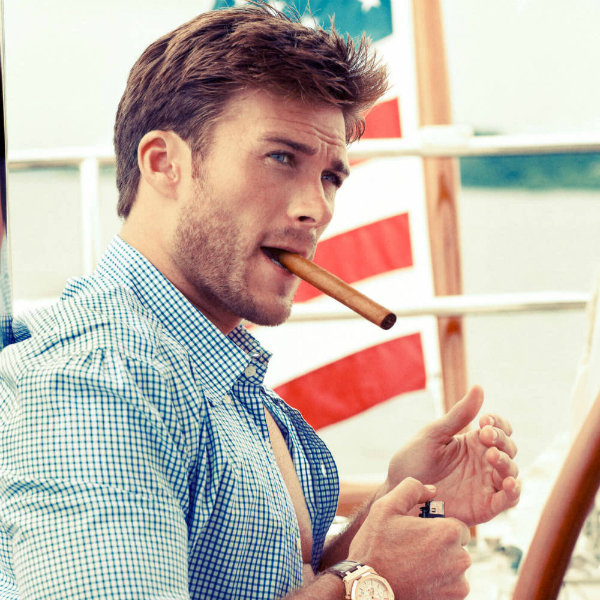 Escuadron-Suicida-A-Scott-Eastwood-le-da-miedo-acercarse-a-Jared-Leto_reference
