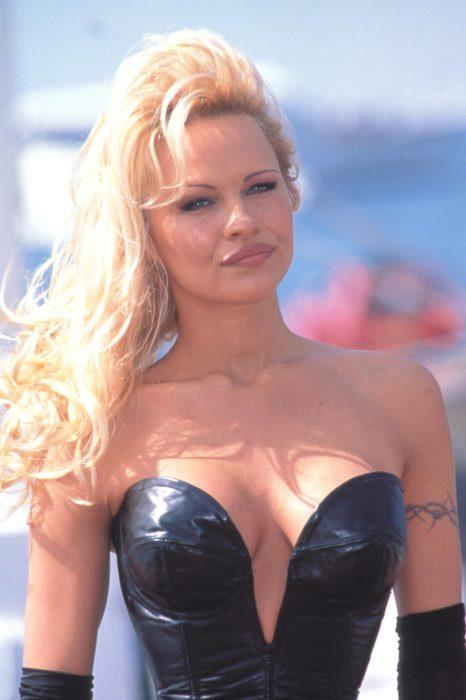 famosos en ruina Pamela Anderson