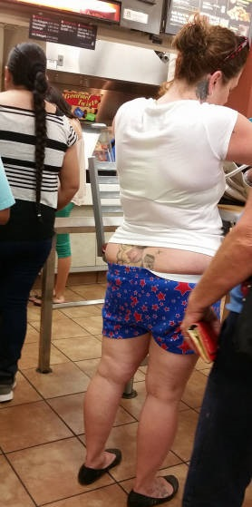 epic_clothing_fails_brought_to_you_by_people_of_walmart_640_07