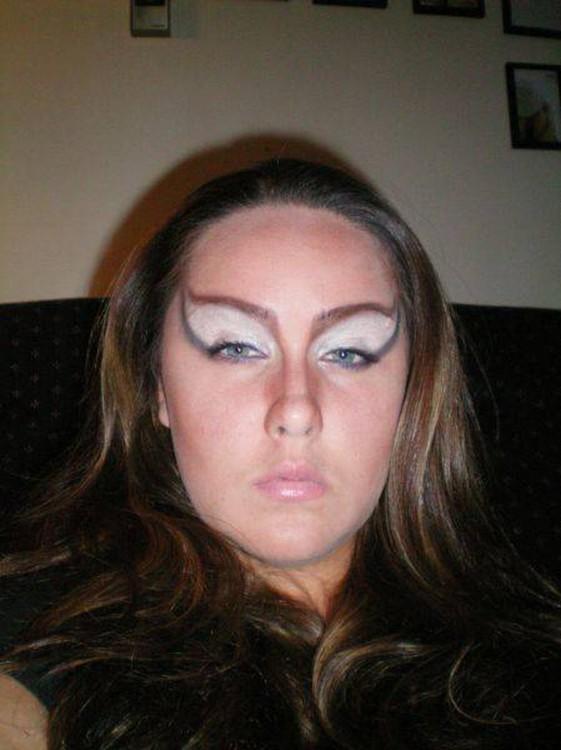 15-personas-que-fallaron-en-el-maquillaje-14-561x750