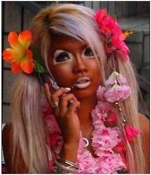 15-personas-que-fallaron-en-el-maquillaje-9