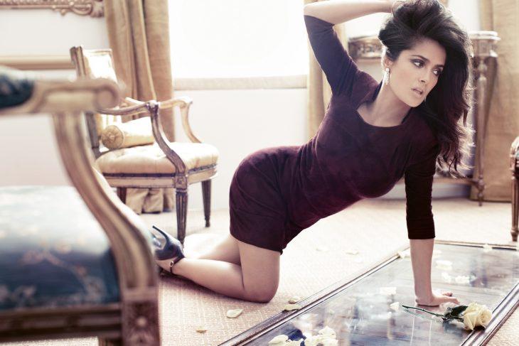 Salma-Hayek-hot-Shots-for-Vogue-08-730x487