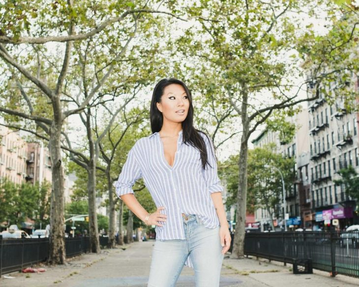 vice-images.vice_.com-anal-queen-asa-akira-is...age-1473634476-size_1000-730x584