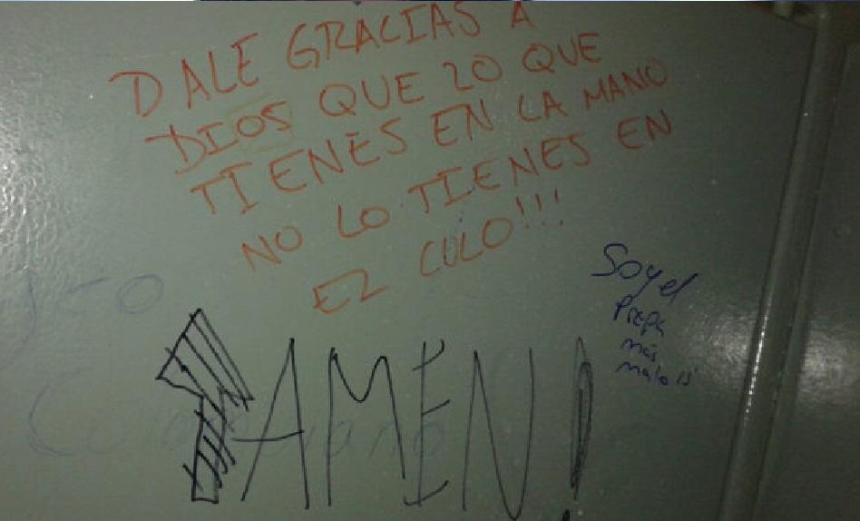 Frases Banos Publicos.Mensajes Escritos En Puertas Y Paredes De Banos Publicos
