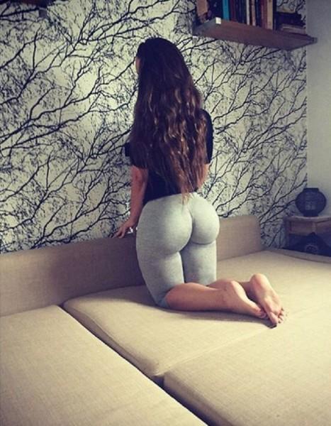 ines-helene-kim-kardashian-4-467x600