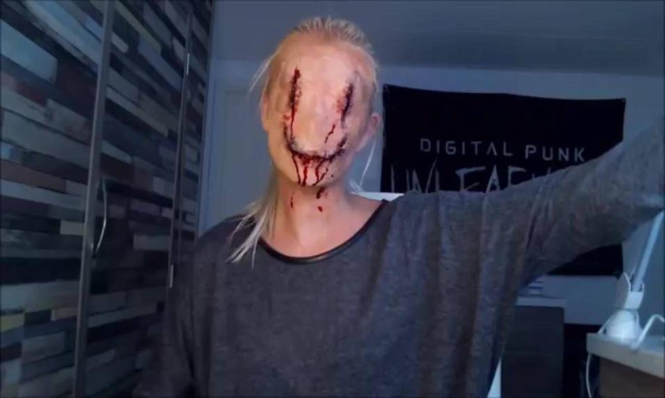 Increíble tutorial de maquillaje para recrear la máscara de Smiley - CABROWORLD