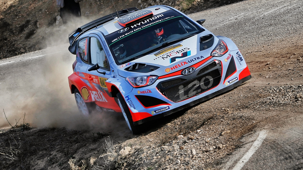 Dani Sordo (ESP) / Marc Marti (ESP) Hyundai i20 WRC at FIA World Rally Championship, Rd12, RAAC Rally de Espana, Day Three, Costa Daurada, Catalunya, Spain, 25 October 2015.