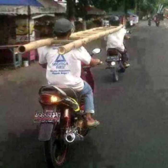 workplace-safety-fails-men-accident-waiting-to-happen-42-58d2446395968__700