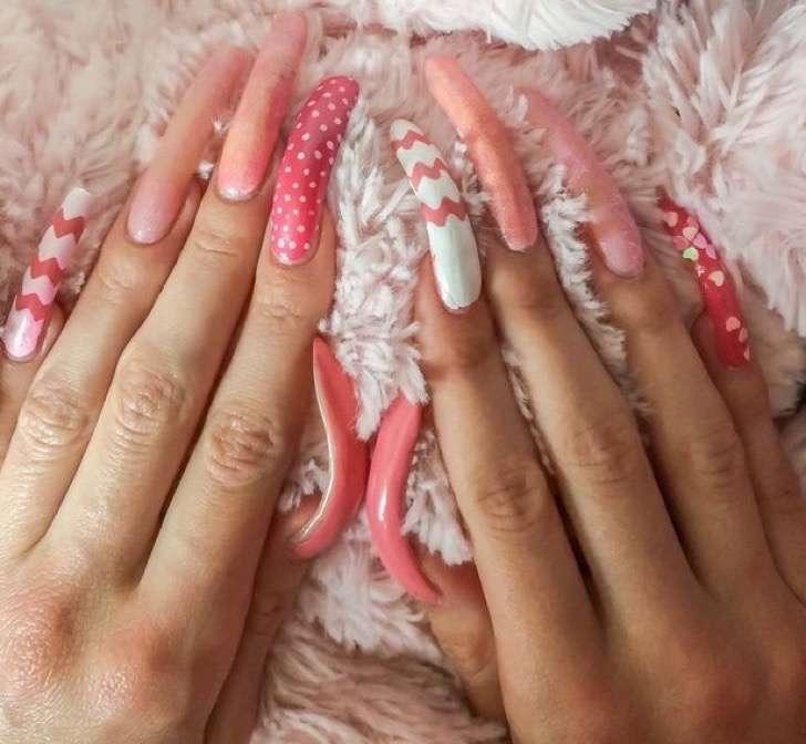 PAY-PA-Real-Life-Simone-Taylor-nails-3-2