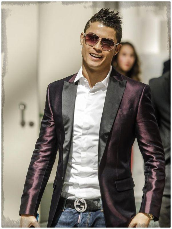 cristiano-ronaldo-en-traje-formal