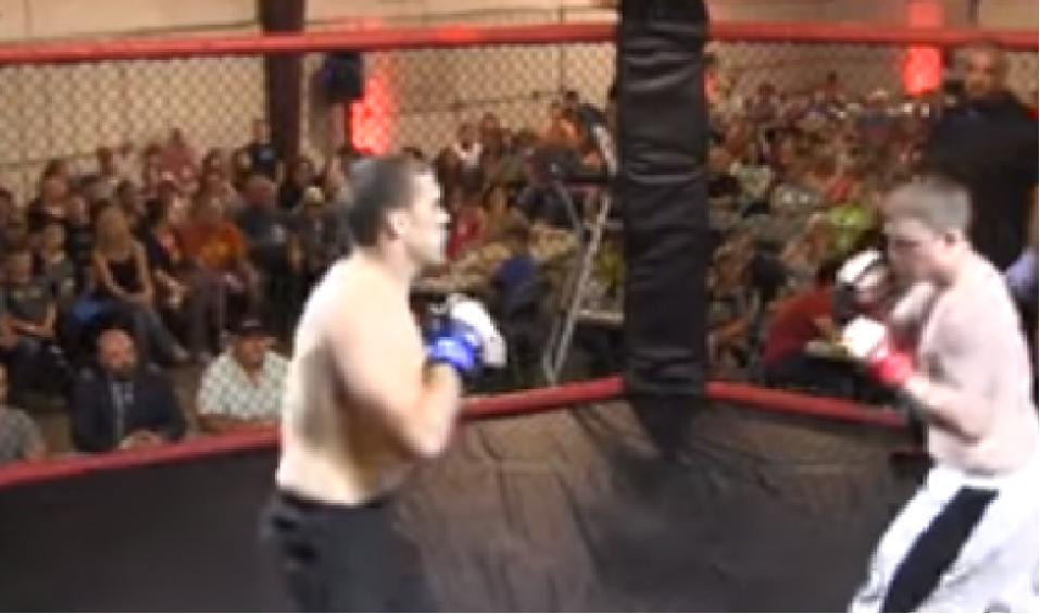 (Vídeo) Luchador de MMA tumba a su rival en tan solo 4 segundos - CABROWORLD