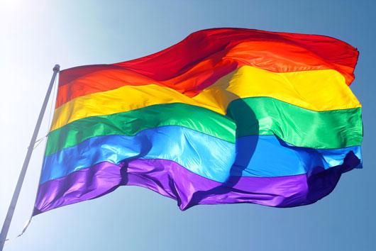 Cómo-educar-a-tus-hijos-sobre-el-orgullo-gay-y-la-educación-sexual-LGBT-Photo3