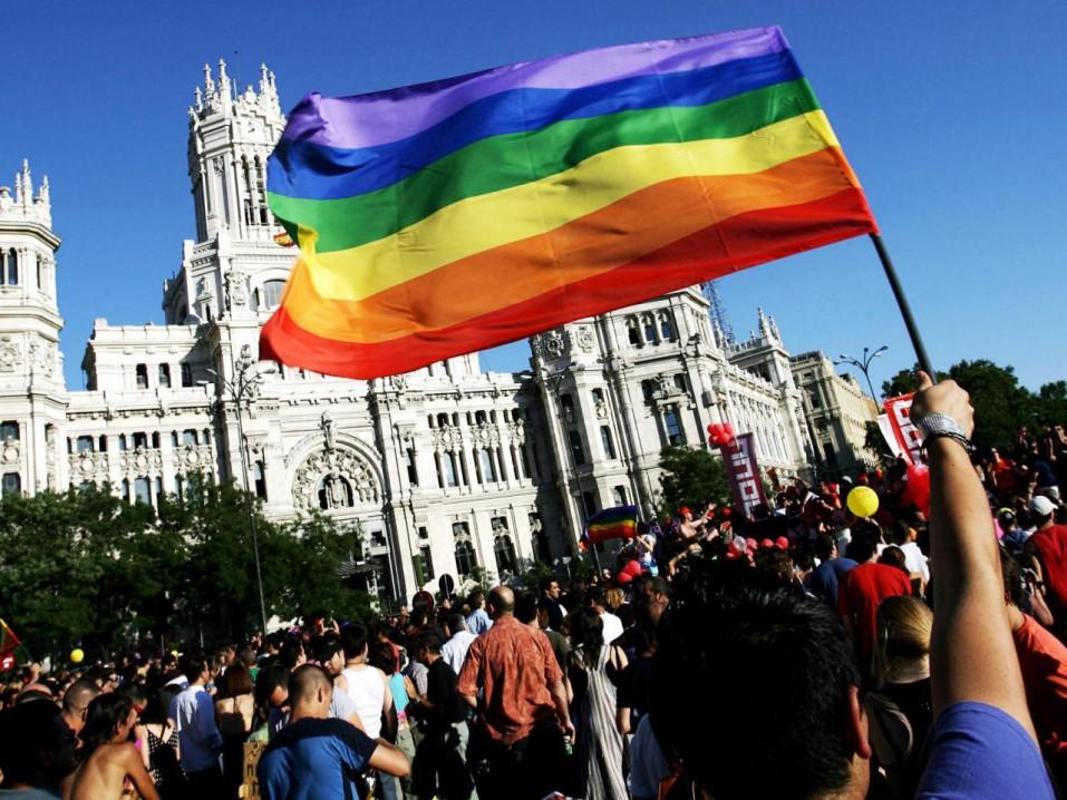 celebracion-del-orgullo-gay-en-madrid