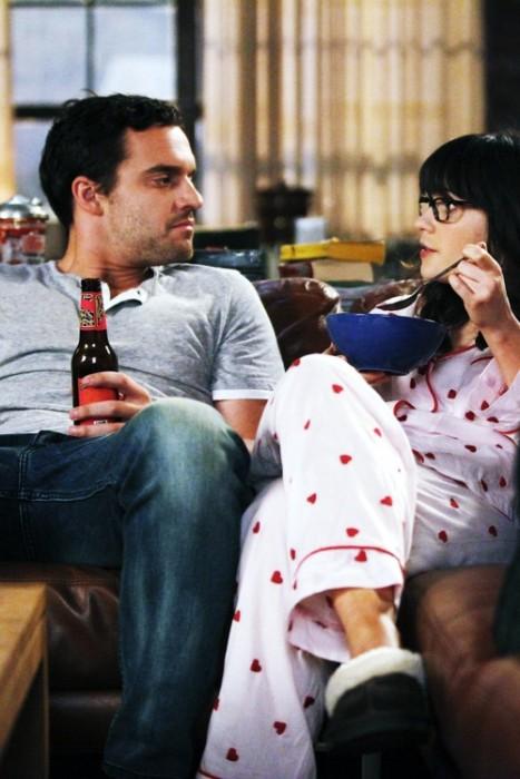 Cosas-absurdas-que-hacen-las-parejas-que-tienen-mucho-tiempo-juntas-17-467x700