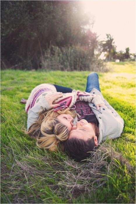 Cosas-absurdas-que-hacen-las-parejas-que-tienen-mucho-tiempo-juntas-18-466x700