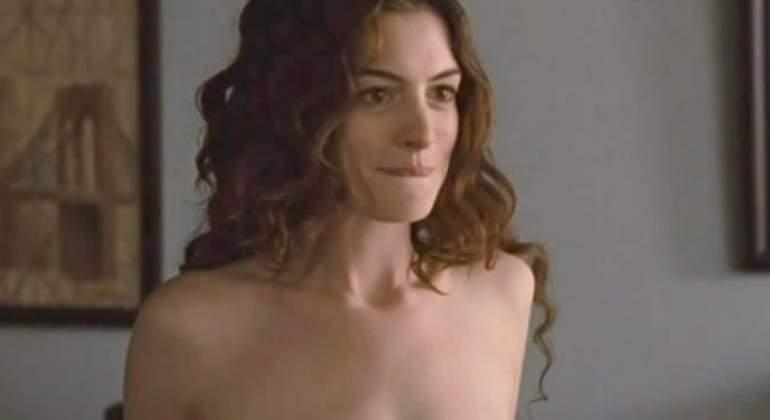 Anne Hathaway desnuda La actriz muestra su lado ms