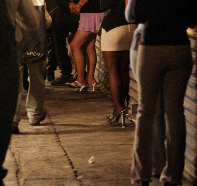 ronaldinho prostitutas jovenes acuden a prostitutas