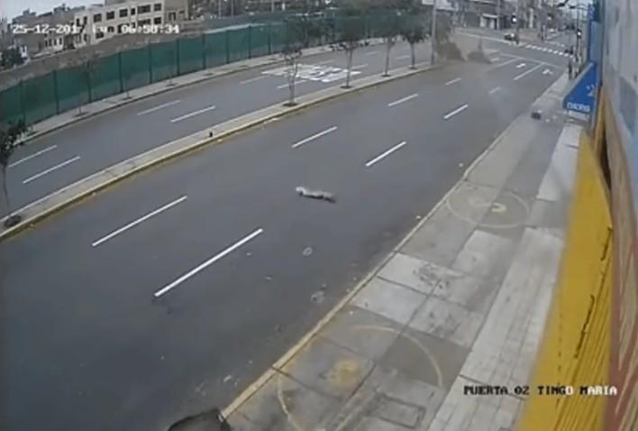 cochepierdecontroltremendoatropello4